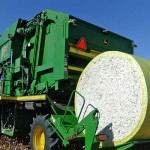 JD 7760 Cotton Picker